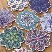 昔ながらの絵付けがエキゾチックな トルコの陶器プレートです  モスクの壁を飾った華やかなタイルは そ...