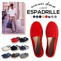 かかとを踏んでも可愛く履けるエスパドリーユ。 気軽さとラフさがリゾートにも最適。 カラバリも豊富だか...