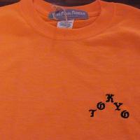 フロントにTOKYOの刺繍が入ったWORLD WODE FAMOUSらしい遊び心のあるTシャツ!バッ...