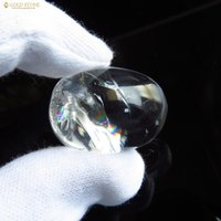 ■サイズ約30 x 22 x 16mm 重量17.7g■虹入り水晶について虹入り水晶は、水晶内にクラ...
