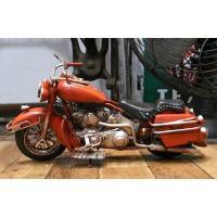 ハーレーエレクトラグライドをモデルにしたブリキ製オートバイです。細部にもこだわった手作りの一品。  ...