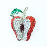 おいしそうなフルーツ。コチラは、りんご「アップル」。  食べてしまいたくなるようなきらきらスワロフス...
