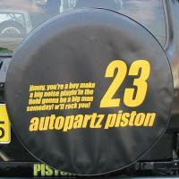 ジムニー全車用。車輌型式をタイヤカバーに背番号のようにあつらえました。11/12/22/23番と、P...