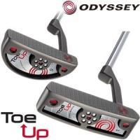 「Toe Up」という名は、今回導入された、トゥが上を向く新しいバランス、「ストロークバランス・テク...
