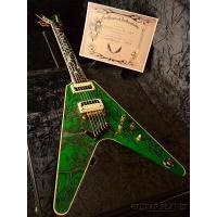 Vシェイプギターといえばマイケル&ルドルフのシェンカー兄弟!! 彼らをモチーフとした限定20...