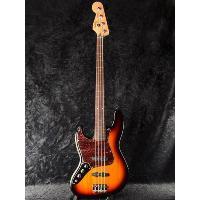 Jazz Bassを正式に名乗ることのでき、 尚且つリーズナブルなモデルです。  ベースを語る上で、...