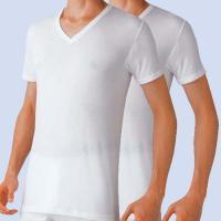 ★送料込み★【BVD】の吸水速乾/深VネックTシャツ【4枚セット】【2枚組×2】です。綿ならではのソ...