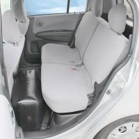 軽自動車の後部座席に置いて足を伸ばしてくつろげるエアータイプクッションです。※この製品には空気入れは...