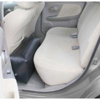 プリウスなど普通車の後部座席に置いて足を伸ばしてくつろげるエアータイプクッションです。※この製品には...