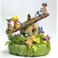 ジブリ トトロ フラワーアレンジ プレゼント「NEW シーソーで遊ぼう 森の公園のトトロたち」