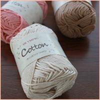 お買い得な綿(コットン)100%の手編み糸です。  ◆素材◆  綿 100%  ◆標準状態重量◆  ...