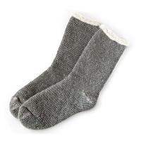 暖かさを逃がさないレギュラーソックスは、真冬の防寒対策にピッタリの靴下です。  ゴムなしソックスは、...
