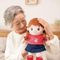 【音声認識人形 おしゃべりみーちゃん】本当の4才の女の子の声で会話ができる音声認識人形。数々の人工知...