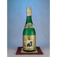 賀茂鶴酒造 純米吟醸酒720ml  米・米麹・水だけを原料にし、米本来の旨味を大切に醸造したのが純米...