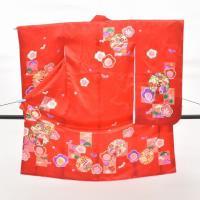 ★説明<br> 赤色地に花文様・雪輪文様が施された3歳女の子用の着物です。<br&...