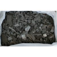 小炭と皮炭ですが思ったより火持ちがよく大変お買い得な逸品、燃料以外の用途でも、床下の除湿・消臭ではそ...
