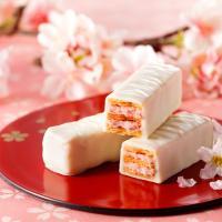 人気の美冬に春だけのフレーバーが新登場。 ホワイトチョコレートの中に「さくら」のあざやかな香りを重ね...