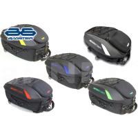 | おすすめポイント エアロフォルムが疾走りのイメージを与えるシートバッグ。 内容量の拡張ができるの...