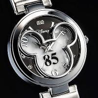 ◎内容:ミッキー85回目の誕生日を記念したフェイス腕時計ホワイトモデル。ミッキー85周年を記念して、...