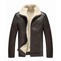 シープスキンのフライトジャケットです。大人のこなれ感漂うクールなボアジャケットです。 洗練されたシン...