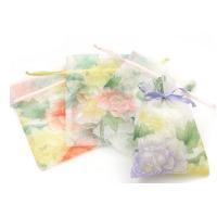 包装!透かし花柄が綺麗で上品なミニ巾着袋(長方形型)です。アクセサリーや小物入れに重宝します。 ※9...