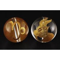素 材:水晶サイズ:12mm玉山羊座(やぎ座)水晶金彫り12mm玉ビーズです。表に絵柄、裏にシンボル...