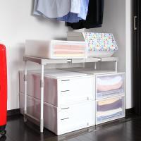 ●押入れ収納に便利な棚。前後・左右に並べたり2段に積み重ねたり、押入れやクローゼットに組み合わせて使...