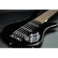メイプル・スルーネック、アルダーウイング採用のロックベース・シリーズ・ストリーマー5弦ベースです。 ...