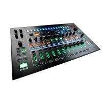 MX-1は、リズム・マシン、シンセ、DAWなど、ライブ・パフォーマンスに必要な入力ソースをスマートに...