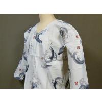 男女ともに人気の白地に波柄の鯉口シャツ!!価格もお買い得に設定いたしました。サイズは小・中・大・特大...