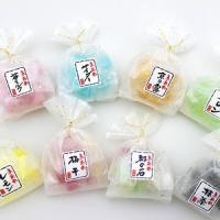 結婚式プチギフトキャンディー。お客様の声より誕生した商品です。キラキラした上品な袋を使用し、おめでた...