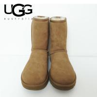 ■商品説明 世界中で愛されているブランド「UGG」のクラシックタイプのブーツ。スタンダードな型なので...