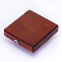 木製のリードケースを販売致します。  この出品商品のリードケースは 非常にオシャレです。 マホガニー...