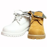 長年ライダーに愛され続けるAVIREXの定番ブーツが登場!生地の素材感に温かみがあり、秋冬にもってこ...