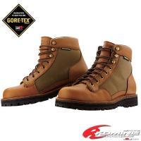 GORE-TEX?フットウェアライニングを使用した透湿防水性に優れたショートブーツ。 気密性を高める...