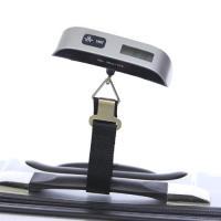 スーツケースや手荷物の重量オーバーを防ぐのに便利なデジタルスケール。 吊り下げるだけで簡単に荷物の重...