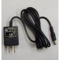 模型やラジオの電源として便利な3VACアダプターです。プラグ:φ2.1 センタープラス、約80g