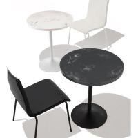 人工大理石カフェテーブルレストラン、カフェ、バーなどのスペースでご使用いただいているテーブルです。商...