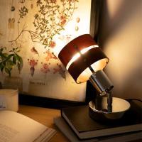 シアターライティングという商品名の通り、テレビの後ろに置いて使うのが基本的な使い方です。 テレビ画面...