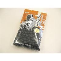 北海道産の黒豆です。「畑の肉」と呼ばれる程栄養が豊富で、様々な料理に使えます。お正月のおせち料理等の...