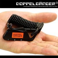 手のひらサイズの小さなカラビナに、持ち運び便利な120cm長のコイル型 or 広い施錠範囲を確保する...