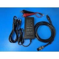 ホンデックス電源コードDC06に家庭用100VにつなぐACアダプターと12Vバッテリーから電源を取る...