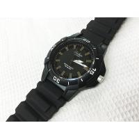 Falcon (フォルコン) スポーツタイプの10気圧防水腕時計です。  長針 短針 夜光塗料。  ...