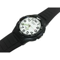 Falcon (フォルコン) スポーツタイプの10気圧防水腕時計です。  シンプルな仕上がり。  ビ...
