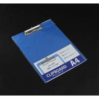 ○薄くて丈夫な、プラスチック製のクリップボードです。  A4(210×297mm)サイズの書類が、強...