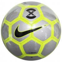 ナイキ、サッカーボール5号球 土グラウンド用に開発されたハンドステッチボール。リフレクターケーシング...