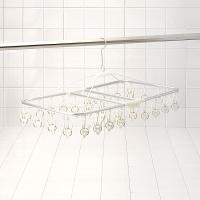 シンプルで使いやすい洗濯物干しハンガー。こちらは、ピンチが32個付いているタイプで、大変使いやすいサ...
