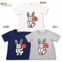 ウサギのキャラクターをメインにプリントした主役級のTシャツ。ベーシックカラーの三色展開で合わせやすく...
