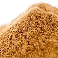 シナモンの樹皮をはがし、乾燥させたもの。独特の甘みと香りが特徴です。 ■使い方:仕上げの香り付けやア...