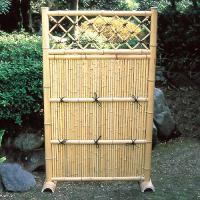 風情あるお庭を演出 商品情報 サイズ 約:幅90×高さ150(cm)、脚付 材質 竹製 ※こちらの商...